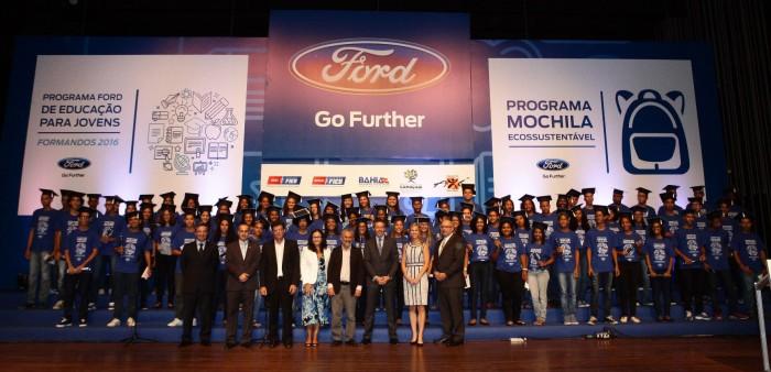 Ford lança programa de educação para jovens na BA com foco no mercado de trabalho
