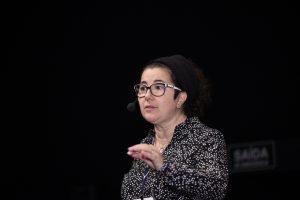 Vania Ferrari - Consultora e escritora da Pensamentos Transformadores