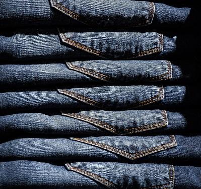 Como usar jeans no ambiente profissional