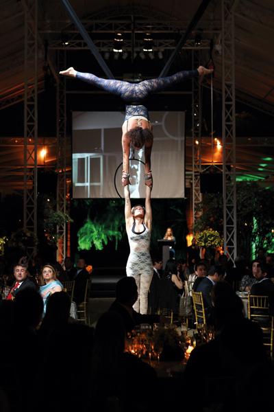 Acrobatas: a importância da confiança no evento de premiação em 2013