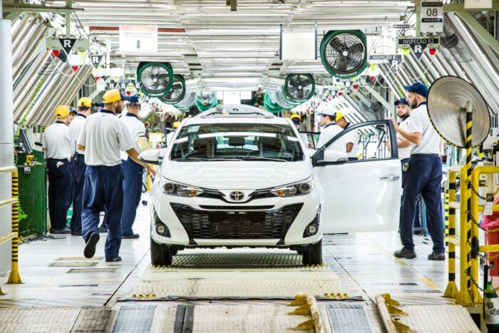 Linha de produção da unidade de Sorocaba (SP): alcançar os colaboradores que atuam na produção era uma das principais preocupações da empresa